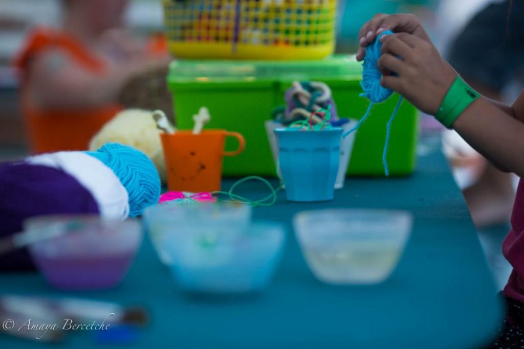 Atelier créatif, réalisation de pompom